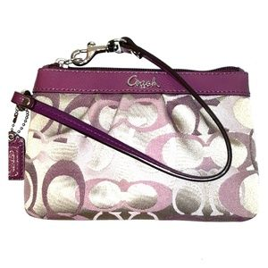NWOT Coach Purple Signature optic Pleat wristlet